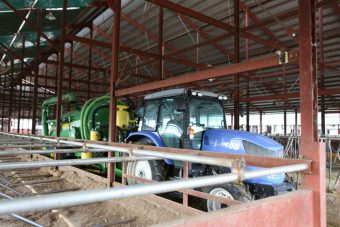 牧場内環境整備・施工管理・作業スタッフ